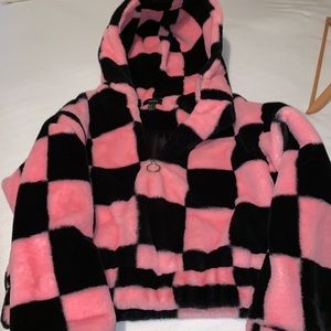 forever 21 cropped fuzzy checker pullover